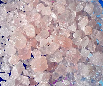 rosenquarz naturstein minis 200 gramm preis 10 00 die pflege von steinen moldavit. Black Bedroom Furniture Sets. Home Design Ideas